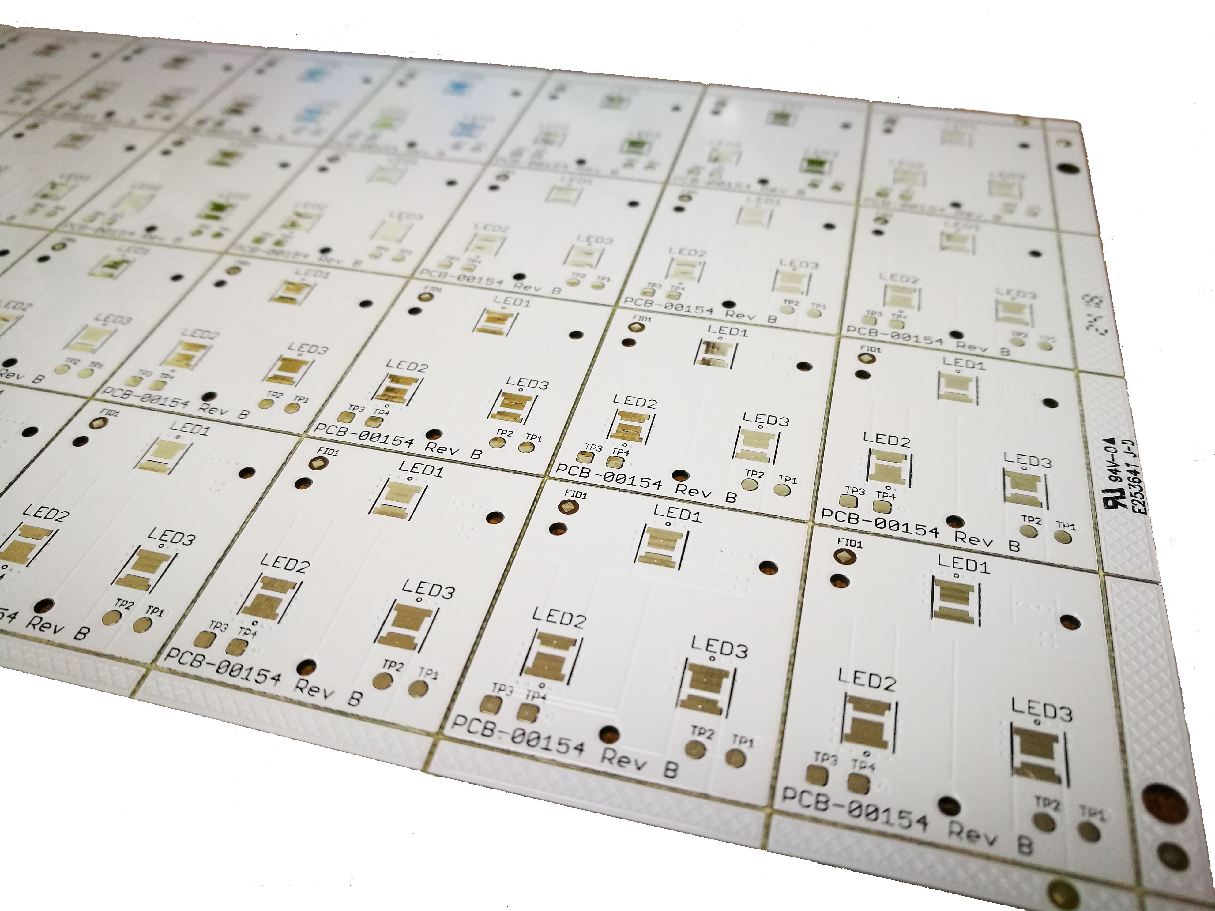 2L FR-4 PCB with white sold mask
